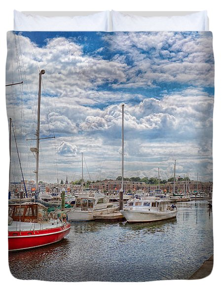 Boat - Baltimore Md - One Fine Day In Baltimore  Duvet Cover by Mike Savad
