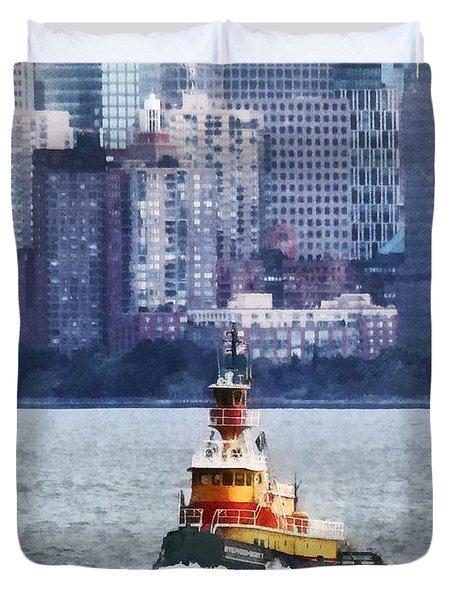 Boat - Tugboat By Manhattan Skyline Duvet Cover