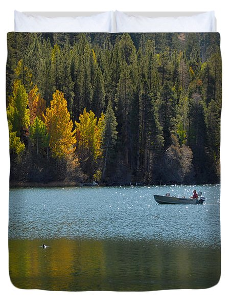 Duvet Cover featuring the photograph Boating On Gull Lake by Lynn Bauer