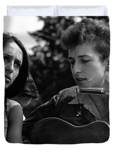 Bob Dylan And Joan Baez Duvet Cover