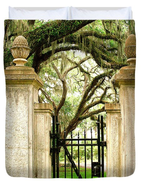 Bonaventure Cemetery Gate Savannah Ga Duvet Cover