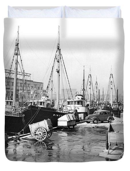 Boston Fishermen On Strike Duvet Cover