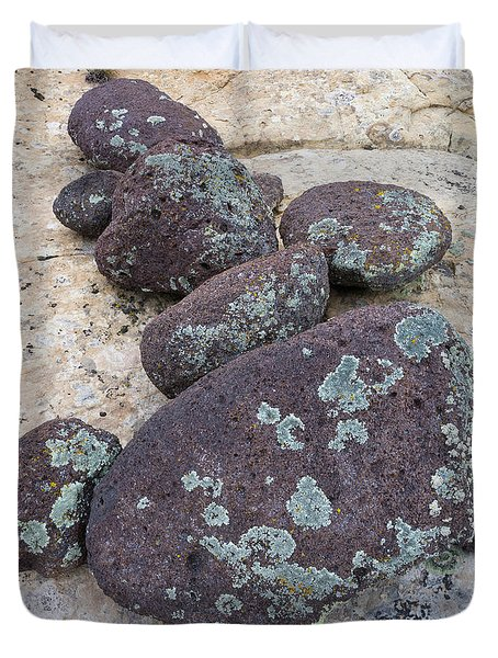 Boulders Covered With Lichen, Grand Duvet Cover
