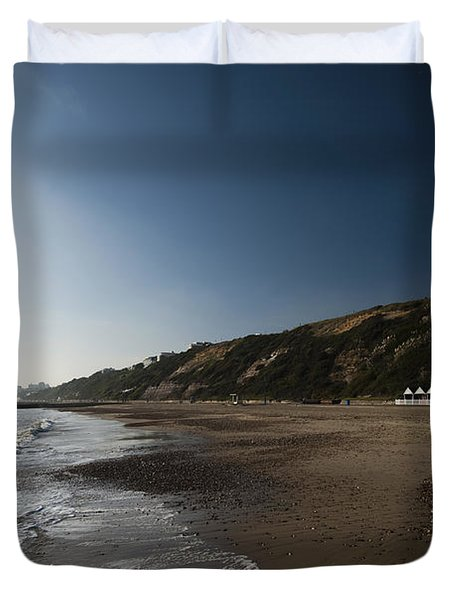 Bournemouth Beach Huts Duvet Cover by Anne Gilbert