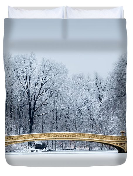 Bow Bridge In Central Park Nyc Duvet Cover