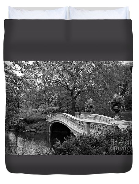 Bow Bridge Nyc In Black And White Duvet Cover