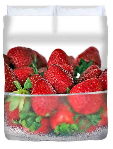 Bowl Of Strawberries Duvet Cover by Kaye Menner