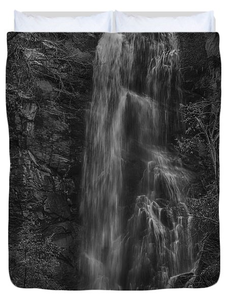 Bridal Veil Falls At Spearfish Canyon South Dakota Duvet Cover