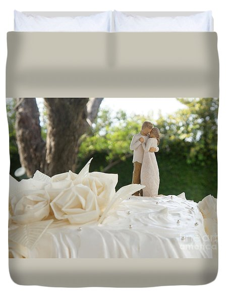 Bride And Groom Duvet Cover