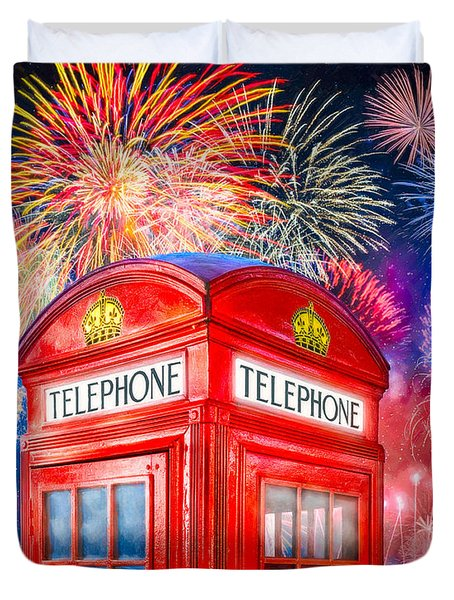 Brilliant Fireworks Over A Classic British Phone Box Duvet Cover