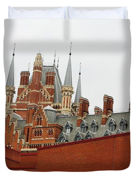 British Library And St. Pancras Duvet Cover by Pat Purdy
