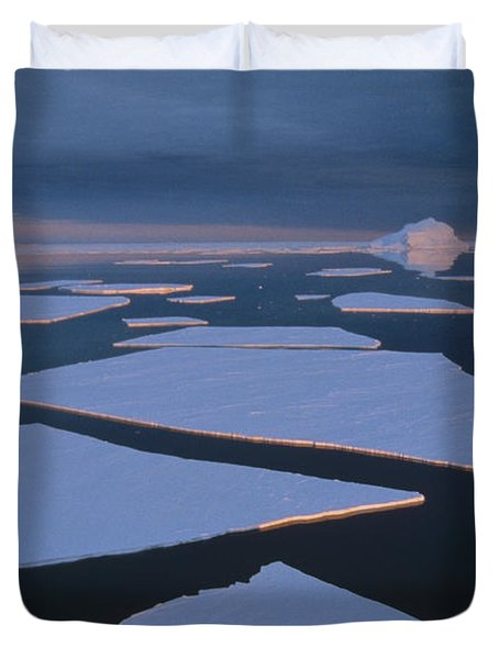 Broken Fast Ice Under Midnight Sun East Duvet Cover by Tui De Roy