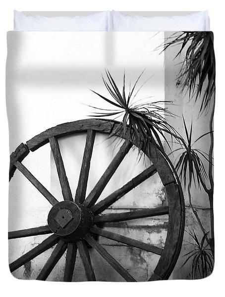 Broken Wheel Duvet Cover