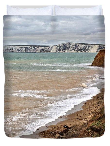 Brook Bay And Chalk Cliffs Duvet Cover