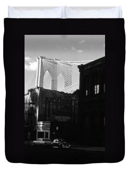 Duvet Cover featuring the photograph Brooklyn Bridge 1970 by John Schneider
