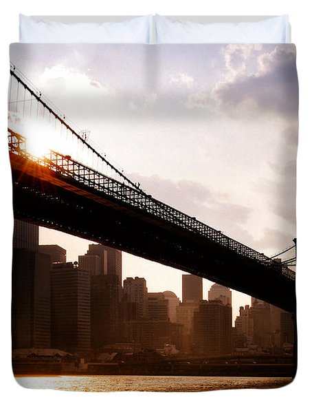 Brooklyn Bridge And Skyline Manhattan New York City Duvet Cover