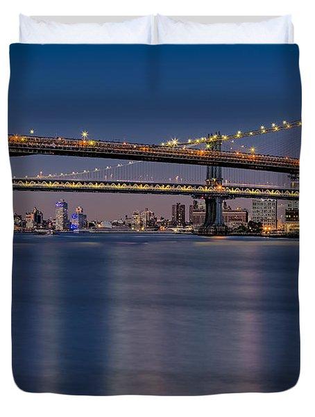 Brooklyn Manhattan And Williamsburg Bridges Nyc Duvet Cover
