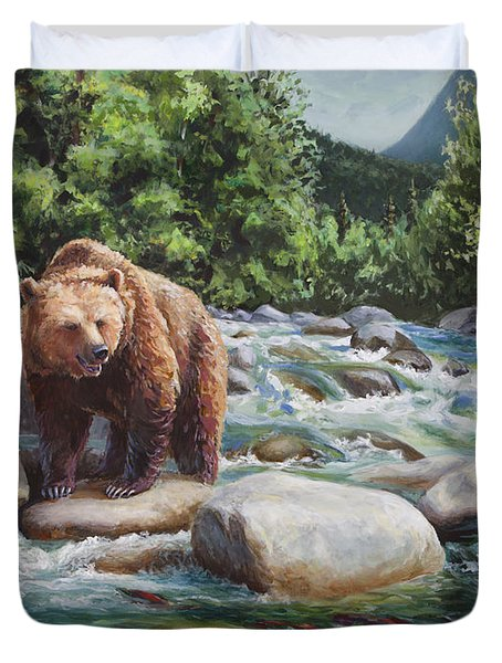 Brown Bear On The Little Susitna River Duvet Cover