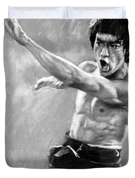 Duvet Cover featuring the photograph Bruce Lee by Viola El