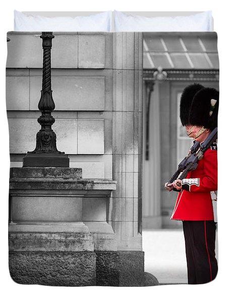 Buckingham Palace Guards Duvet Cover by Matt Malloy
