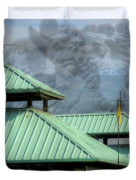 Duvet Cover featuring the photograph Bull Market by Kelvin Booker