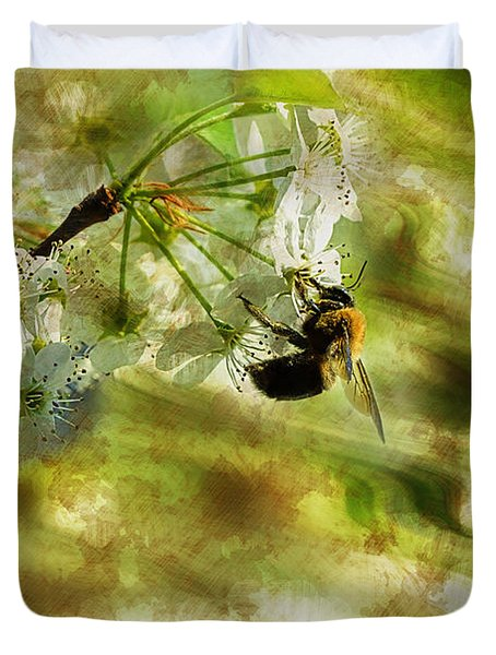 Bumble Bee Eating Sweet Nectar Duvet Cover by Dan Friend