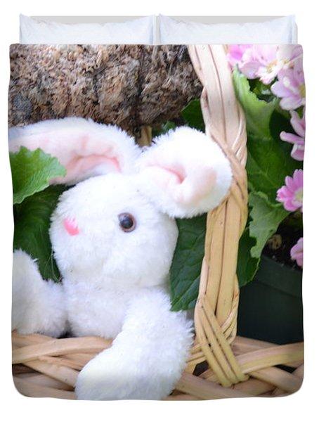 Bunny In A Basket Duvet Cover by Kathleen Struckle
