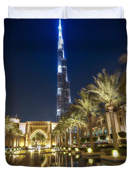 Duvet Cover featuring the photograph Burj Khalifa Swoard by John Swartz
