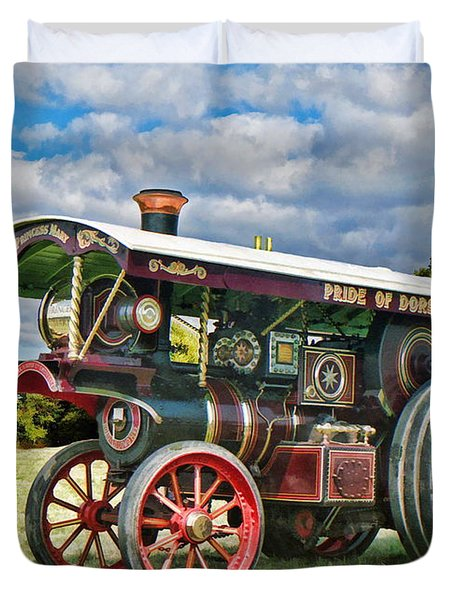 Duvet Cover featuring the digital art Burrell Showmans Engine by Paul Gulliver