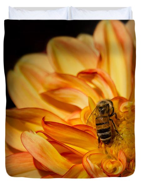 Busy Bee Dahlia Duvet Cover by Linda Villers