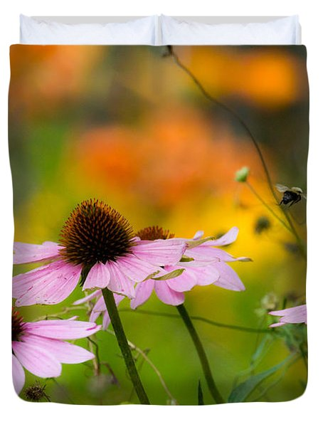 Duvet Cover featuring the photograph Busy Morning by Mary Amerman