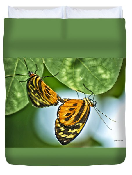 Duvet Cover featuring the photograph Butterflies Mating by Thomas Woolworth