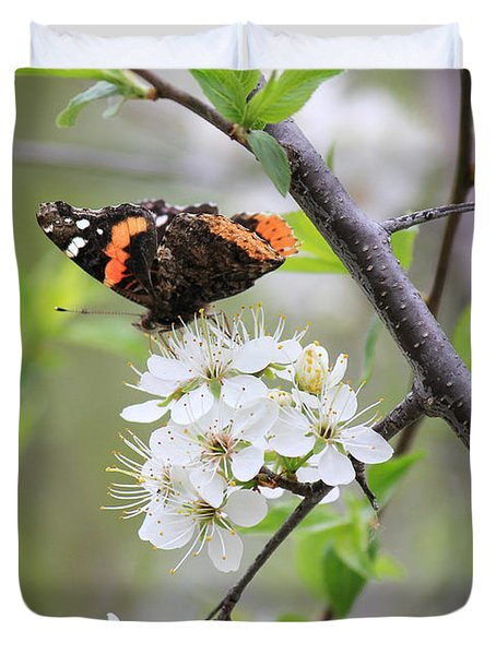 Duvet Cover featuring the photograph Butterfly And Apple Blossoms by Penny Meyers