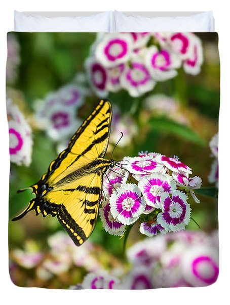 Butterfly And Blooms - Spring Flowers And Tiger Swallowtail Butterfly. Duvet Cover by Jamie Pham