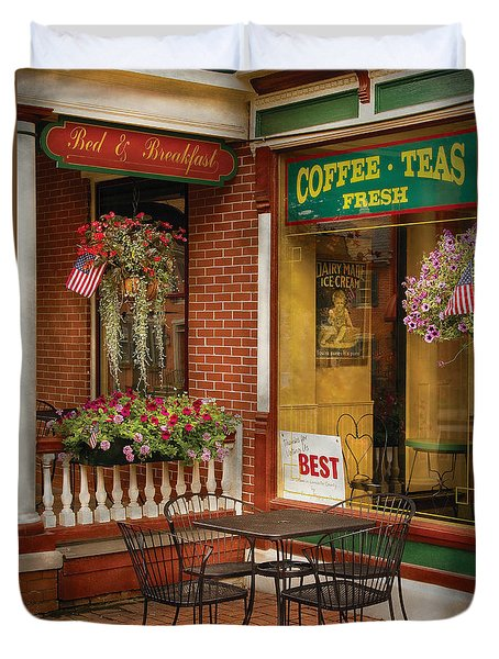 Cafe - The Best Ice Cream In Lancaster Duvet Cover by Mike Savad