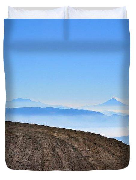 Camino En Volcan Nevado De Toluca Duvet Cover