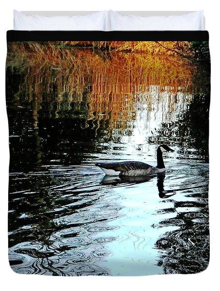 Canadian Goose At Burden  Duvet Cover