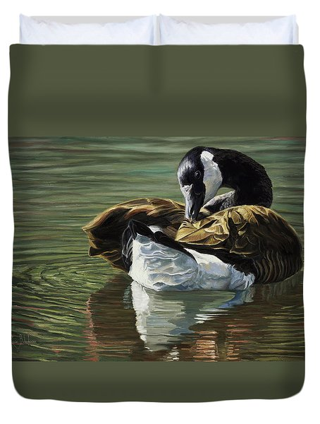 Canadian Goose Duvet Cover by Lucie Bilodeau