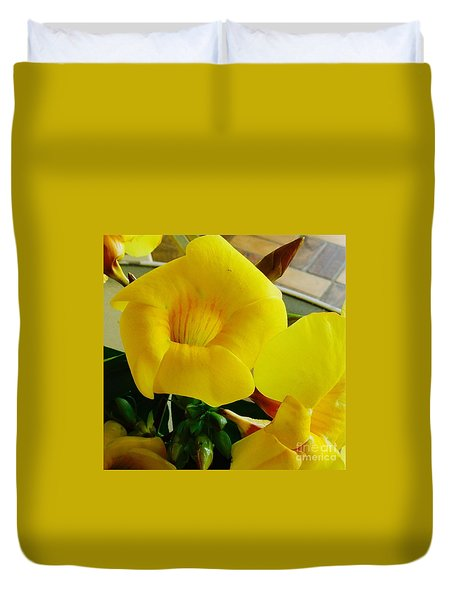 Canario Flower Duvet Cover