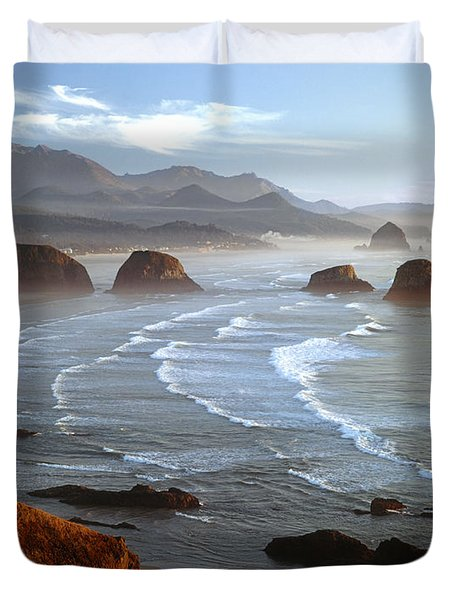 Cannon Beach At Sunset Duvet Cover