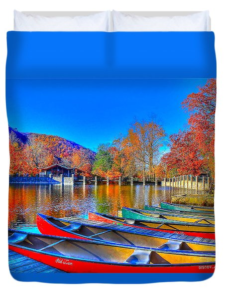 Canoe In Waiting Duvet Cover