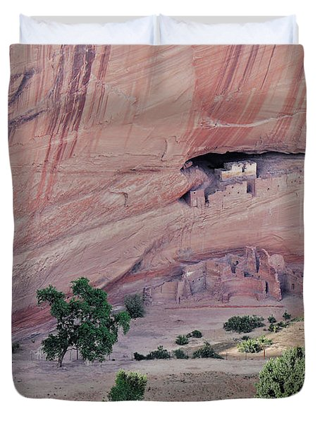 Canyon De Chelly Junction Ruins Duvet Cover by Christine Till