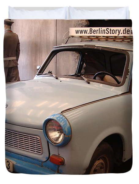 Car In Berlin Duvet Cover