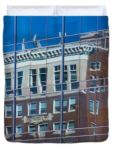 Carpenters Building Duvet Cover
