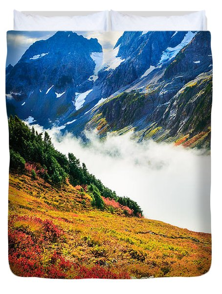 Cascade Pass Peaks Duvet Cover