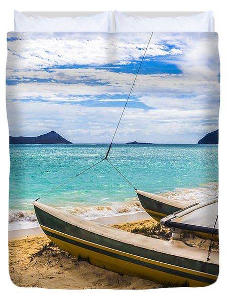 Catamaran On Waimanalo Beach Duvet Cover by Leigh Anne Meeks