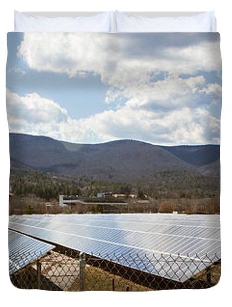 Duvet Cover featuring the photograph Catching Rays  by Carol Lynn Coronios