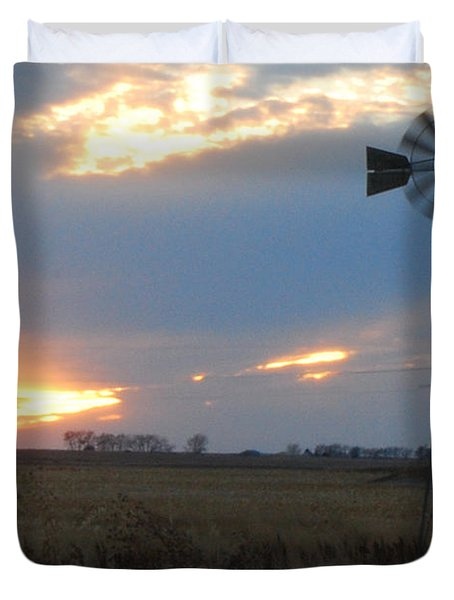 Catching The Wind In South Dakota Duvet Cover