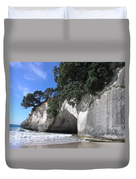 Duvet Cover featuring the photograph Cathedral Cove by Christian Zesewitz
