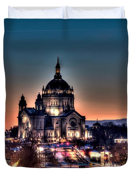 Cathedral Of Saint Paul Duvet Cover by Amanda Stadther